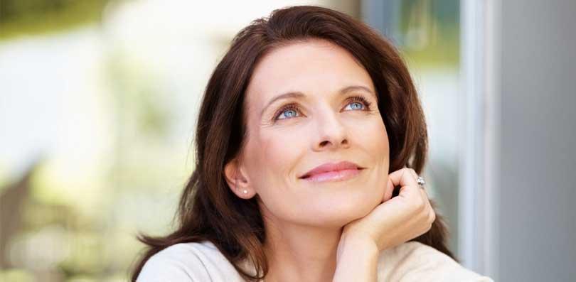 фото женщины средних лет